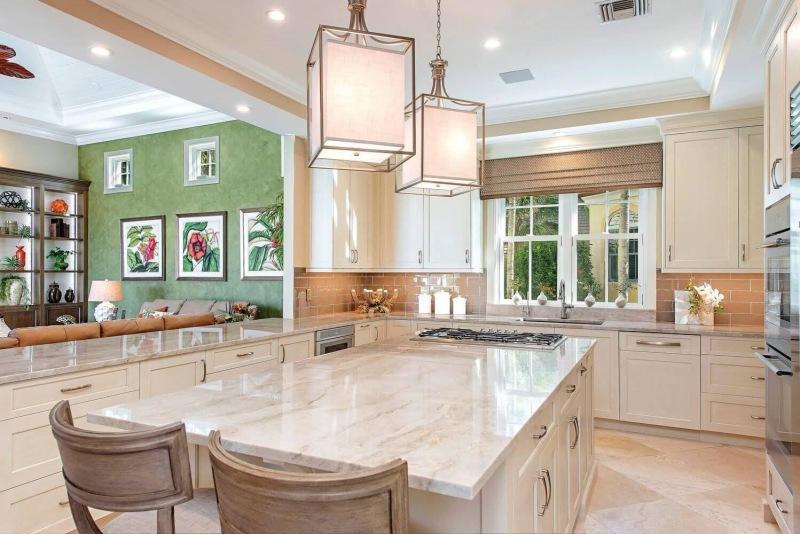 27801-Marina-Pointe-Drive-large-002-003-Kitchen-1-1499x1000-72dpi