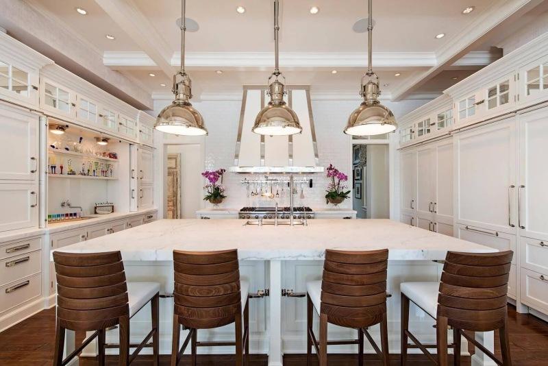 Port-Royal-Naples-FL-large-006-001-Kitchen-1499x1000-72dpi
