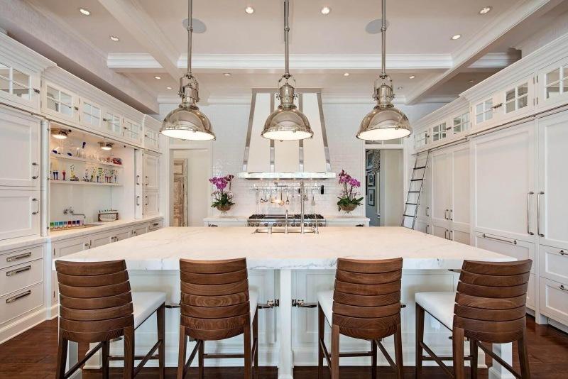 Port-Royal-Naples-FL-large-007-011-Kitchen2-1499x1000-72dpi