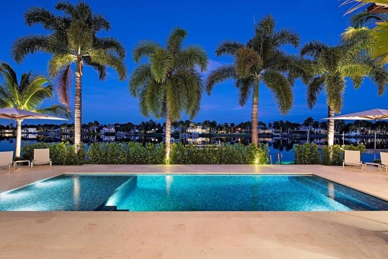 Port-Royal-Naples-FL-large-017-015-Pool3Night-1499x1000-72dpi